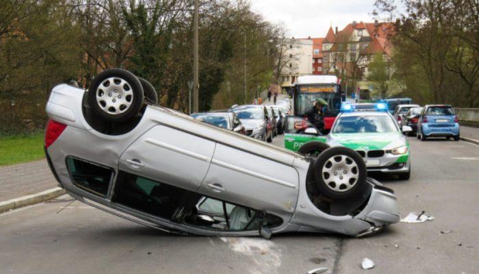 Leinenweber_Rechtsanwaelte_Strafrecht_Rechtsgebiet_Pirmasens_Kaiserslautern_Landau_unfallwagen (1)