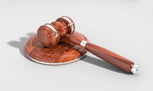 Leinenweber_Rechtsanwalt_pirmasens_recht_fach_anwalt_urteil